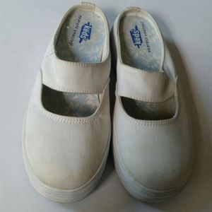 Vintage 90s Size 2 KEDS White Canvas Slip On Shoes